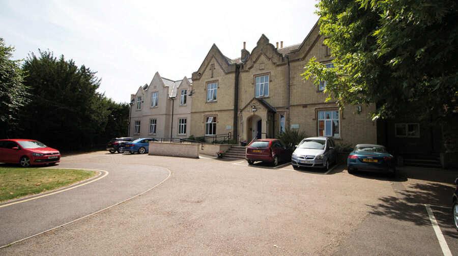 Beaumont Park Mid Bedfordshire Bedfordshire Sg18 0at