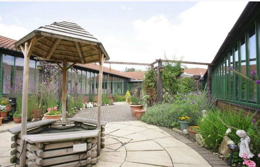 flaxton mature singles Find holiday cottages near royal armouries museum  mainly to the rear where there is a mature garden and a small sitting area  flaxton lodges sleep up to 4.