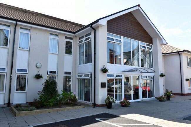 Dunmurry Manor Nursing Home