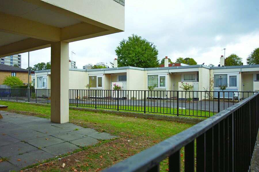 Minstead Gardens Wandsworth Greater London Sw15 4eb Sheltered Housing Retirement Housing